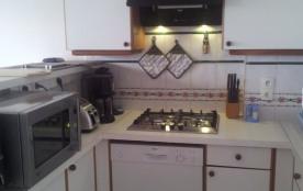 cuisine équipée lave vaisselle four micro onde frigo congélateur etc