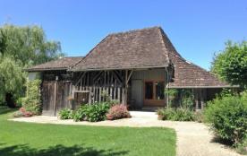 Chez Le Vigneron - Gîte de charme pour 4 personnes avec piscine naturelle dans un cadre paisible - Monfaucon