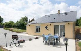 Le Nid d'hirondelle à Girondelle (Ardennes), maison dans village de Thiérache ardennaise, découve...