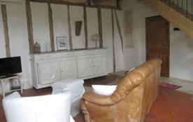Appartement dans une bâtisse du 18ème rénovée dans un village 10 km d'Albi et à 2 km du golf de F...