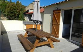 terrasse avec accès direct de la cuisine