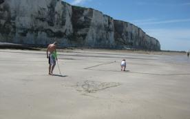 plage sable côté funiculaire à marée basse sinon galets
