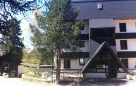 Font Romeu appartement luxueux vue montagne et golf, entièrement rénové ! Avec parking privatif en sous sol et casier