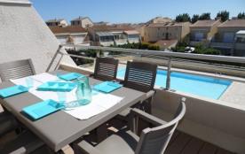 Agréable 2 pièces mezzanine/cabine 6 couchages, au deuxième étage, dans résidence avec piscine.