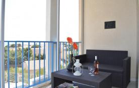 ppartement 2 pièces mezzanine de 35 m² environ pour 4 personnes situées à 350 m de la plage et 75...