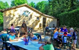 Camping Chênes Verts 4* - Mh 2 ch 6 pers