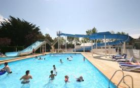 Un camping avec piscines à Carnac en Bretagne