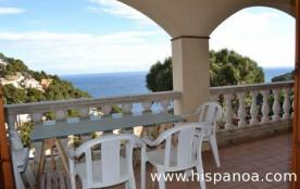 Cette maison vue mer en Espagneest situ&ea