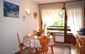 Appartement 2 pièces de 30 m² environ pour 5 personnes, la résidence Alpina B est située dans le ...