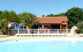 Le camping CAP SUD se situe à Alenya à 4 km de St Cyprien et à 250 mètres du village, proche de t...