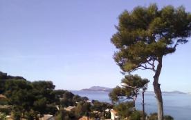 villa pleine vue mer face à la rade de toulon