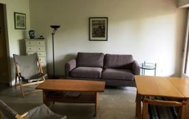 Appartement avec terrasse troisième étage dans résidence à proximité du Port de Plaisance et à en...