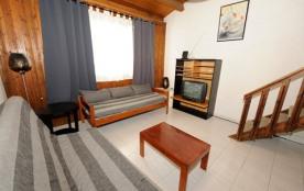 Appartement F2 duplex - 70 m² - 8 personnes - catégorie 6 - vue sur montagne.