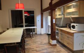 La grande pièce à vivre, côté cuisine