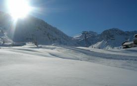 Superbe studio plein sud avec terrasse à TIGNES, skis aux pieds