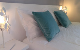 Chambre hiver: 1 lit en160 x 200, climatisation, salle d'eau dans la chambre