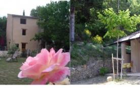 Gîtes au pied du Mont Ventoux en Provence, pour 2 /3 personnes et de 2 à 4 personnes - Malaucène