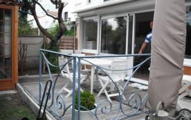 Villa avec jardin 4 personnes, dans quartier résidentiel avec tennis , au bord des prés salés et du port