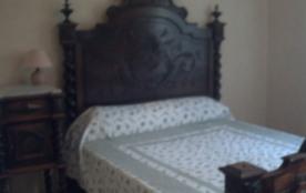 chambre double avec armoire