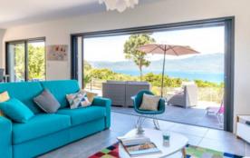 villa Sampiero T3 vue mer à 200 m de la plage, climatisée, wifi