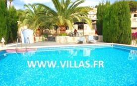 Villa VM Elia - Très belle villa confortable et bien équipée, avec une petite vue mer.