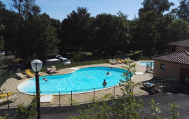 Camping La Bageasse, 53 emplacements, 19 locatifs