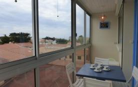 Appartement 2 pièces de 44 m² environ pour 6 personnes situé à 1 km 500 du centre de la station e...