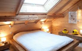 Chambre avec couchage 180 cm