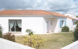 FR-1-231-139 - Dans quartier résidentiel, MAISON DE PAYS AVEC JARDIN CLOS / 4 personnes