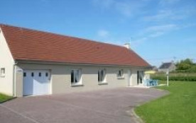 Clévacances - Pavillon indépendant entièrement en rez-de-chaussée.