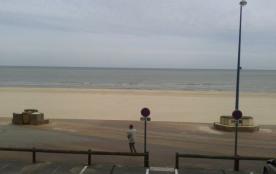 Appartement face à la mer, équipé d'un séjour