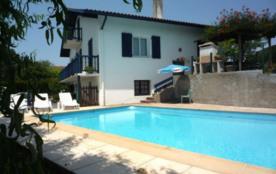 Très belle villa T5 classée 2* 150m² sur 2 niveaux avec piscine