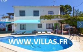 Villa CV CAN WA - Villa de confort simple et agréable et répartis en 3 appartements indépendants.