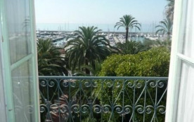 RESIDENCE PORTE DE FRANCE - APPARTEMENT 2 PIECES - VUE MER - MENTON GARAVAN