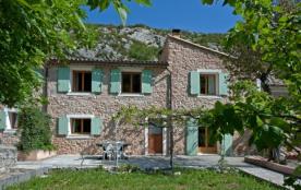 Gite SISTERON - 2 gites 4 étoiles - Dans ancienne ferme provençale - A 5 minutes à pied du centre ville - Sisteron