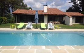 Villa de 250m² 9 personnes avec piscine chauffée sur un terrain de 6800m²