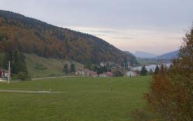 vue sur le lac des Rousses en automne