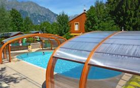 Bienvenue dans les Alpes au camping « A la Rencontre du Soleil » C'est au pied des 21 lacets qui ...