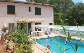 Villa tout confort avec piscine pour 4 personnes