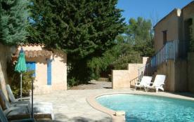 Ravissante villa typiquement provençale située près de Lorgues sur un terrain de 1500m² et dotée ...