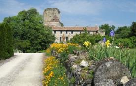 Gîte Proche de Saint Emilion dans château avec Wi-Fi - Daignac
