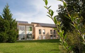 Le Village de Vacances « La Maison des Cent Vallées » est situé à quelques kilomètres de Rodez et...