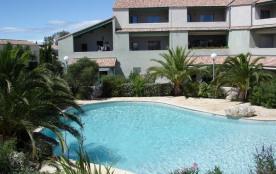 Maison dans résidence calme avec piscine et mer à proximité