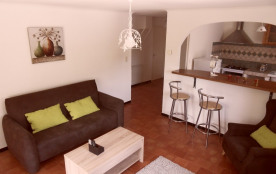 Appartement 2 personnes en campagne proche Luberon