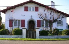 GRAND T3 RDC 60m² dans maison Basque quartier calme