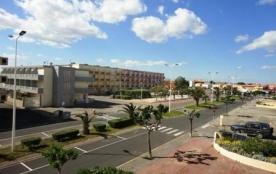 Appartement studio de 25 m² environ pour 2 personnes situées à 250 m de la plage et à 450 m du ce...