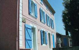 Le gîte Bertrand - Aux abords du village médiéval grande maison ancienne comprenant 2 gîtes côte ...