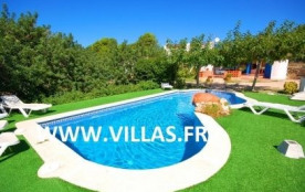 Villa VN Elmi.Agréable villa de plain pied et de style rustique et fonctionnel.