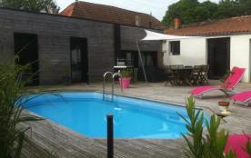 MAISON  FAMILIALE  6 personnes wifi/ piscine privée