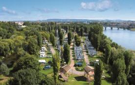 Camping Sandaya International Maisons Laffitte, 351 emplacements, 66 locatifs